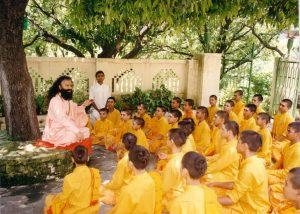 Why Do Hindus Address Their Teachers As Guru? Let's Know!