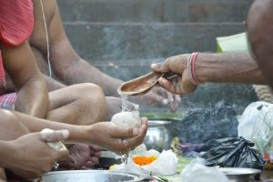 Follow The Pitru Paksha Rituals To Bring Peace To Your Ancestors' Souls