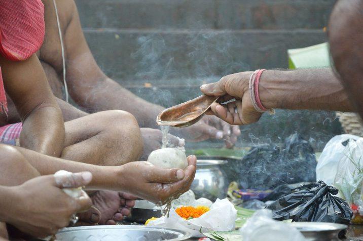 Follow The Pitru Paksha Rituals To Bring Peace To Your Ancestors' Souls