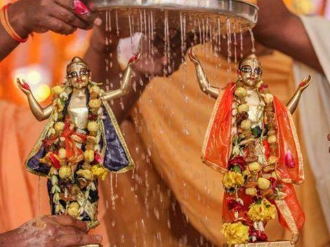 Why Hindus Celebrate Chaitanya Mahaprabhu Jayanti?