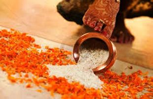 """""""Griha Pravesh""""- The Post-Marriage Ritual Invites Good Wealth To A Household"""