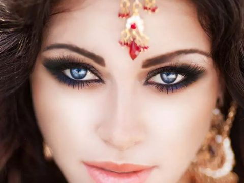 Read How Wearing Kajal Can Defend Your Eyes From Infections?