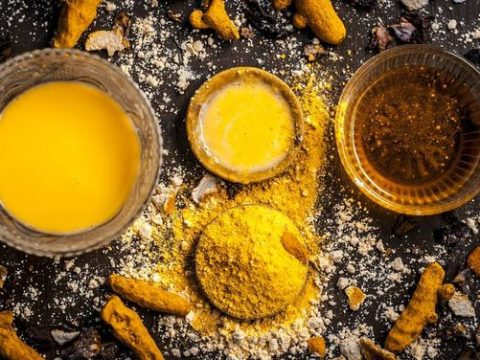 Use Turmeric & Honey Mixture- The Elixir Of Life & Get Impressive Health
